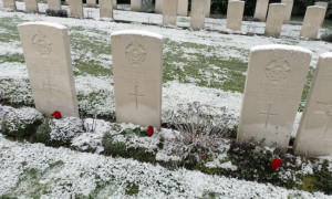 Malvern alumnus David Fenton and fellow crew members are buried in Becklingen War Cemetery, Germany.